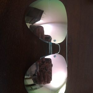 Quay Reflective Aviators